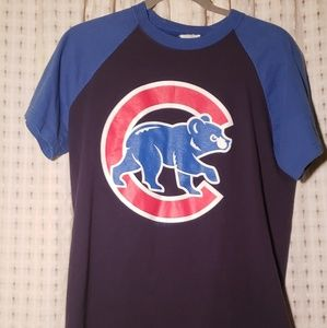 Tops - Baseball style Chicago Cubs T shirt